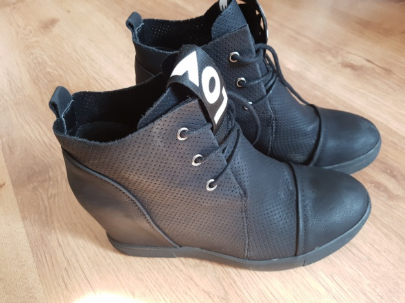 Czarne Sneakersy LOVE