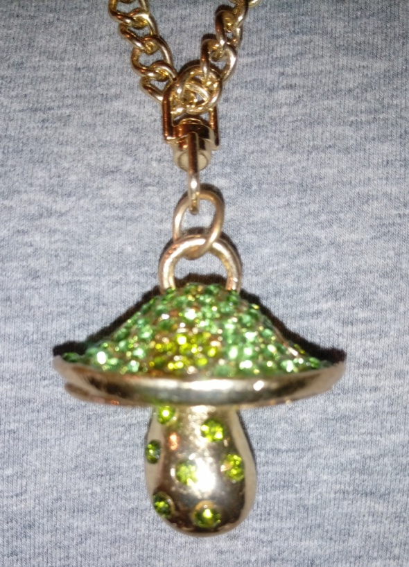 łańcuszek z zwieszką cyrkoniowy grzybek
