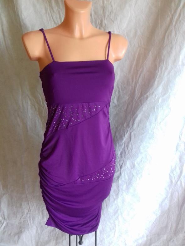 Niemiecka fioletowa sukienka nowa z metką S na M