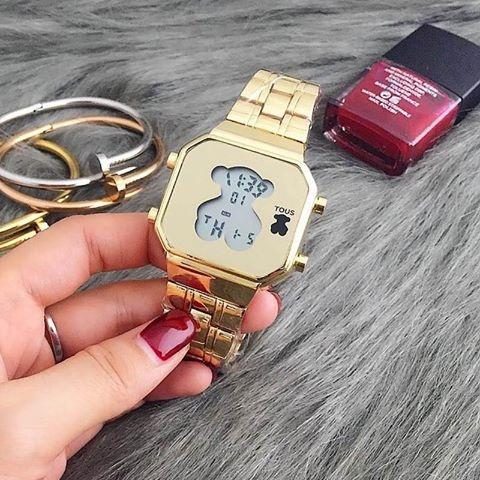 Tous śliczny zegarek złoty miś