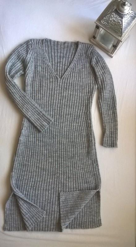 Szara sweterkowa sukienka