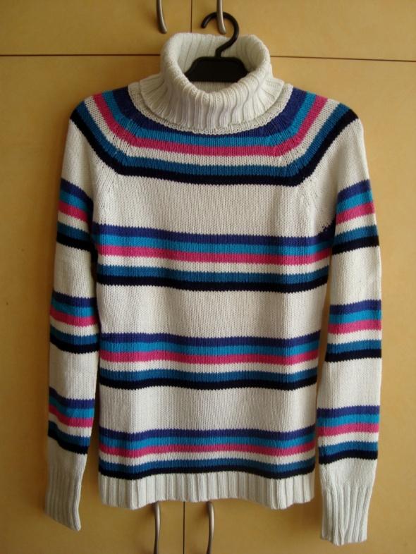 Kolorowy Golf Sweter S Terranova