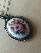 wisiorek posrebrzany porcelana emalia finift kwiaty