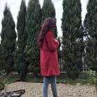 Fioletowe włosy i czerwone szpilki