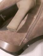 Piękne kozaczki za kolano ze skóry naturalnej zamsz jak nowe...