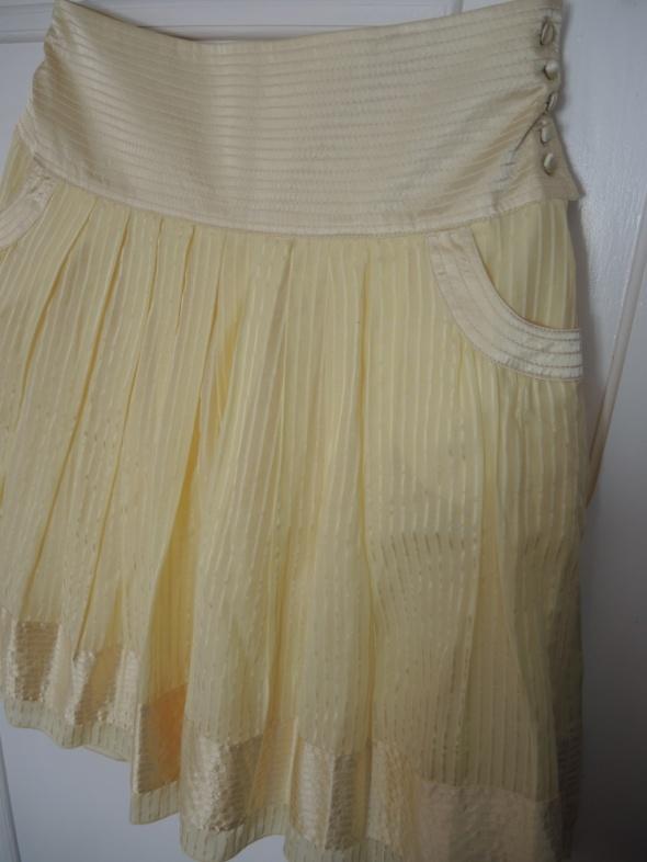 Żółta spódnica Reserved S jak NOWA