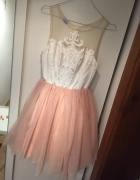 Tiulowa sukienka Lou r S pudrowy róż...