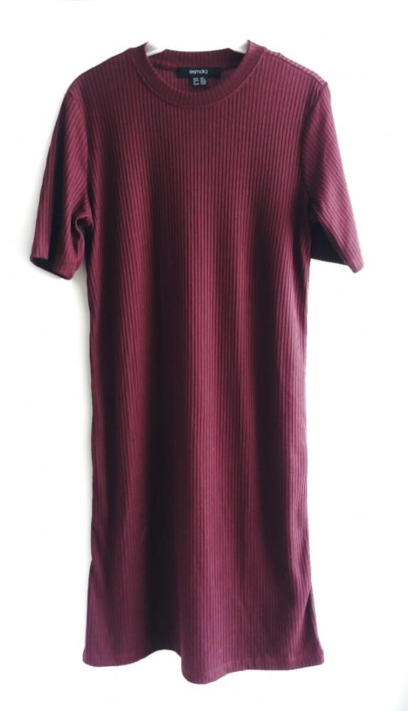 sukienka prazkowana oversize midi śliwkowa
