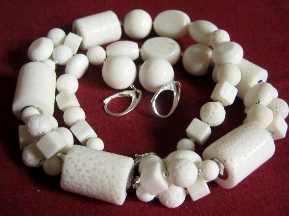 Koral biały zestaw biżuterii w srebrze