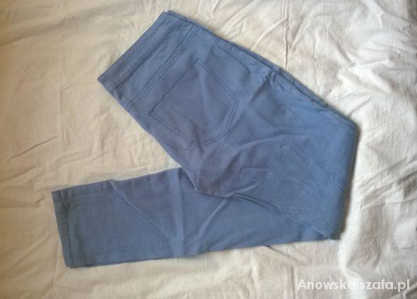 Spodnie rurki pastelowy fiolet