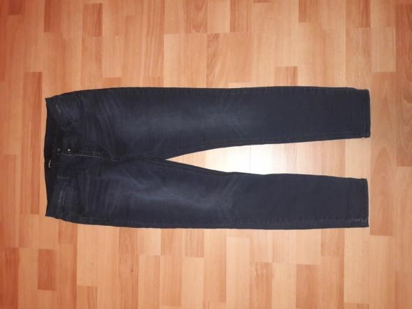Spodnie spodnie damskie jeansy