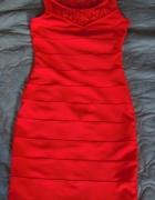 czerwona sukienka bandage...