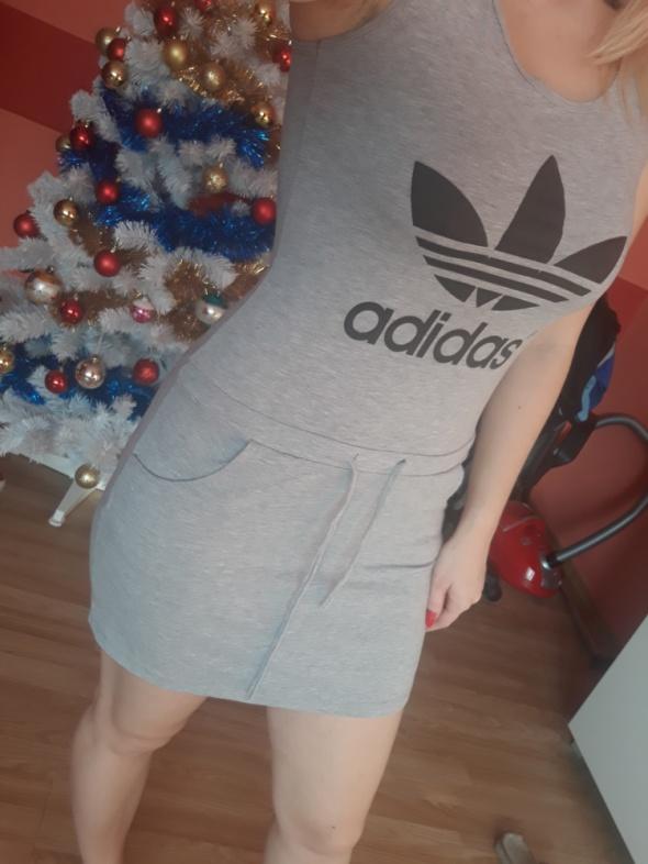 Sukienka sportowa Adidas