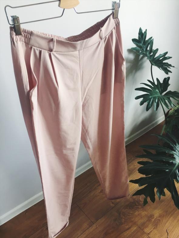 Top Secret luźne spodnie cygarteki haremki pudrowy pastelowy ró...