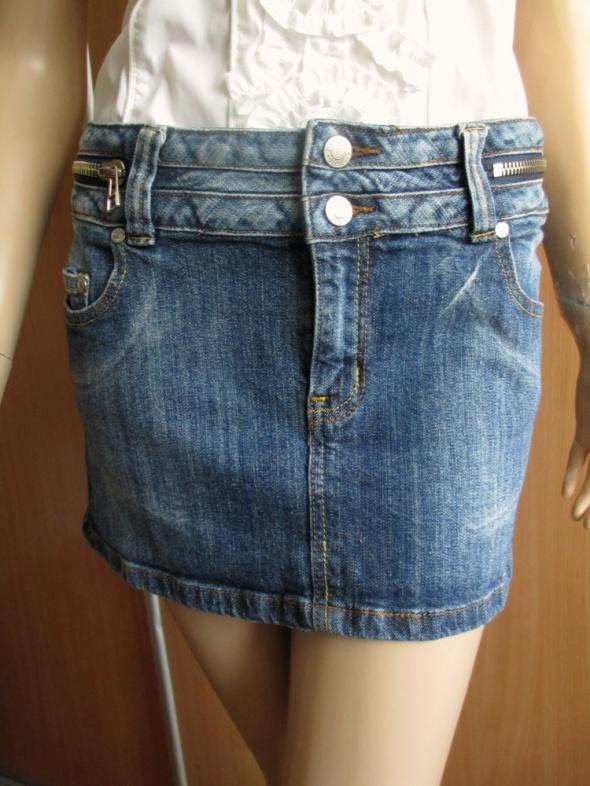 SISTERS POINT jeansowa mini spódnica zip ideał 38