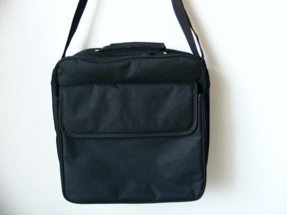 Czarna torba na ramię do szkoły pracy na laptop
