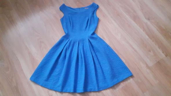 sukienka niebieska Orsay...