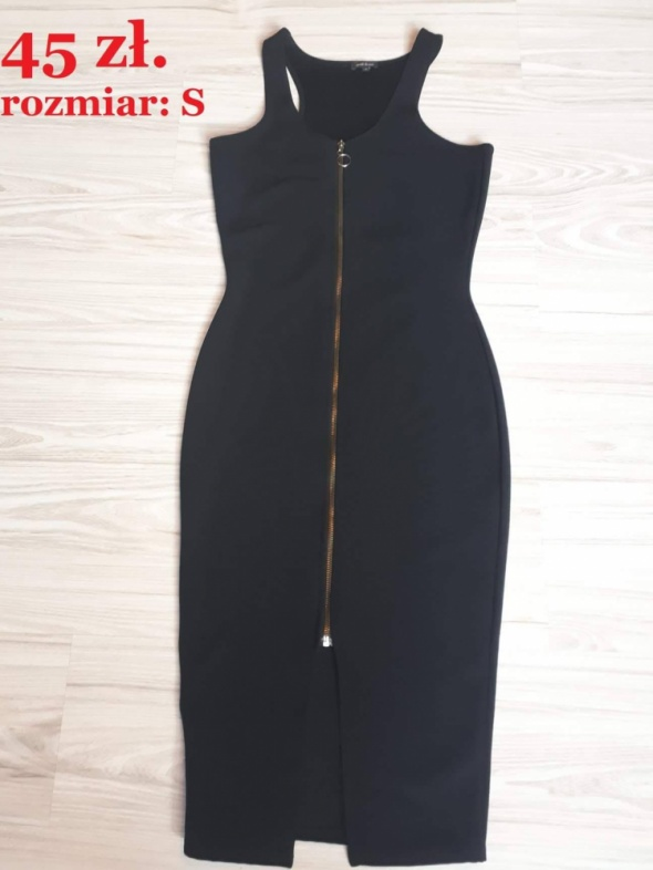 Sukienka czarna klasyczna ZIP