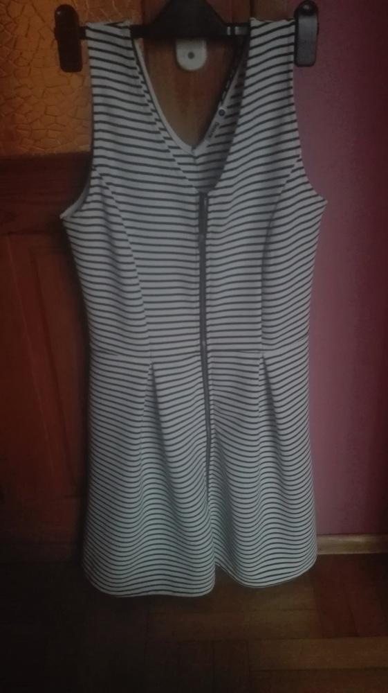 Sprzedam ładną sukienkę Sinsay rozmiar XL