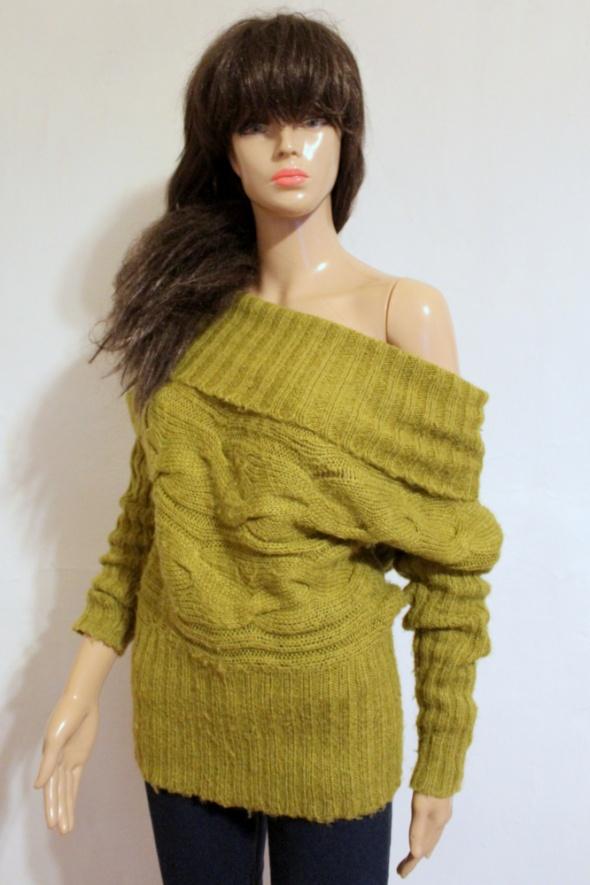 Sweterek golf na długi rękawek w kolorze zgniłej zieleni r M...