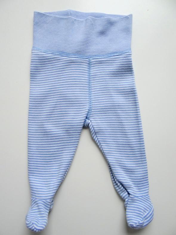 Półśpiochy H&M rozmiar 56 biało niebiesie