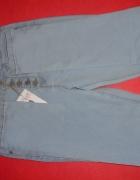 Spodnie dżinsowe z wysokim stanem i guziczkami Sli
