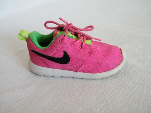 Nike Roshe Run r 25