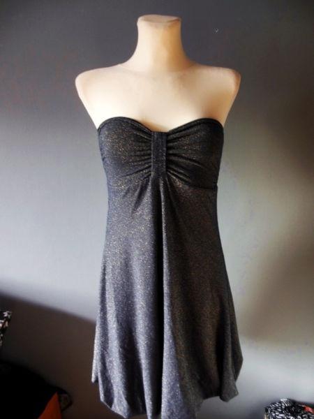 00427cd9fc Reserved różowa koronkowa sukienka XS w Suknie i sukienki - Szafa.pl