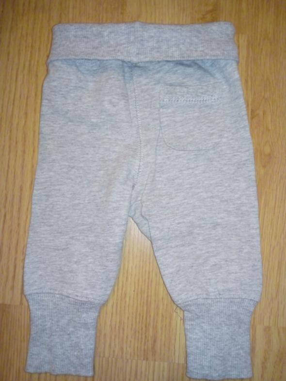 Spodnie HM r 56...