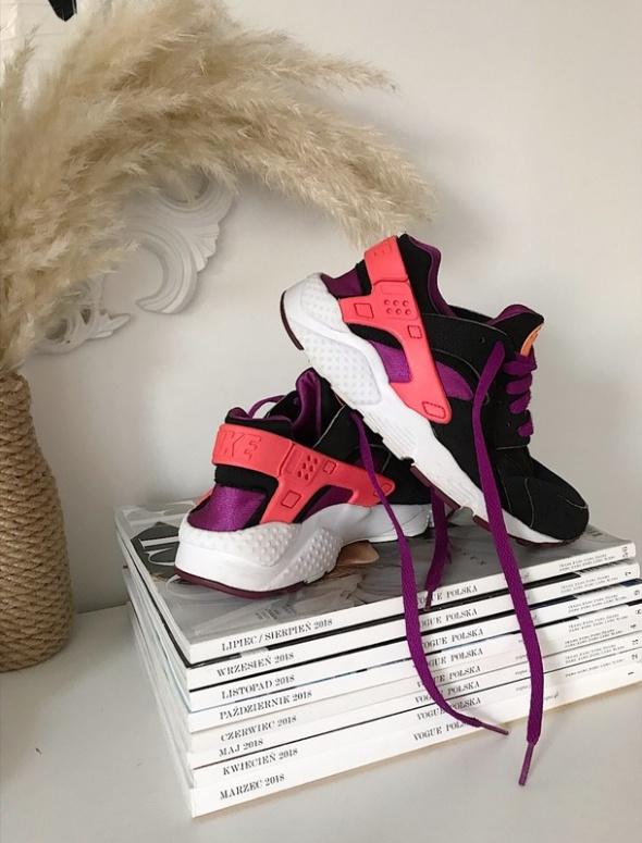Nike Air Huarache...
