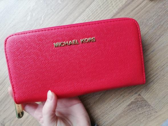 Czerwony duży portfel MK