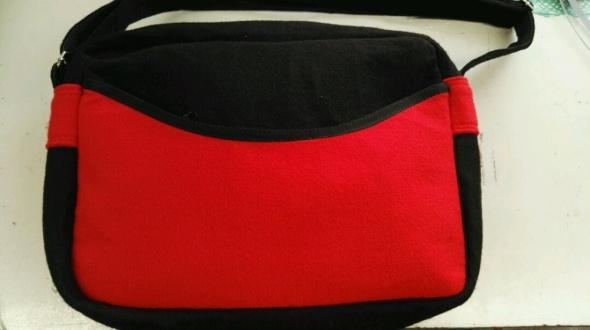 torba na laptopa filcowa
