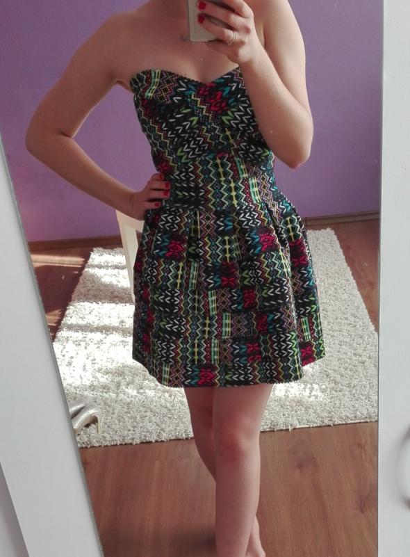 765ef6bbde sukienka koktajlowa sztywny materiał bandażowa w Suknie i sukienki ...