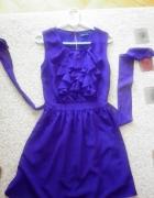 sukienka z żabotem...