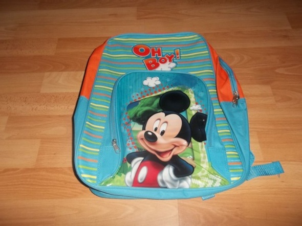 Nowy plecak Myszka Miki