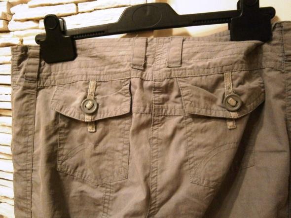 szare sportowe spodnie S