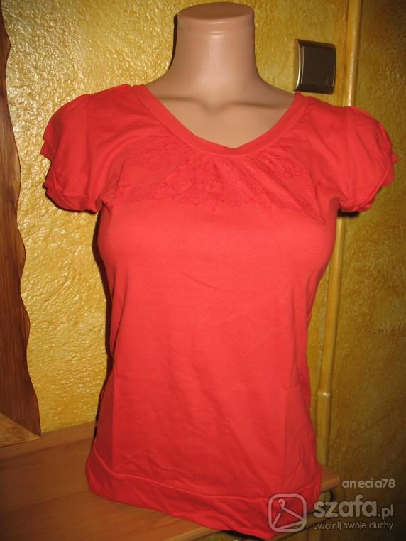 Czerwona bluzeczka...