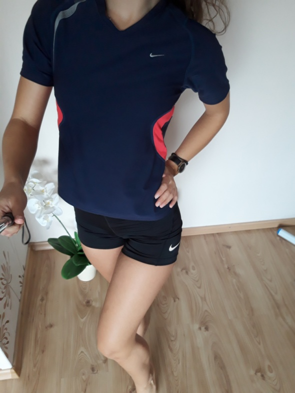 bluzka sportowa nike granatowa na siłownie elastyczna xs s