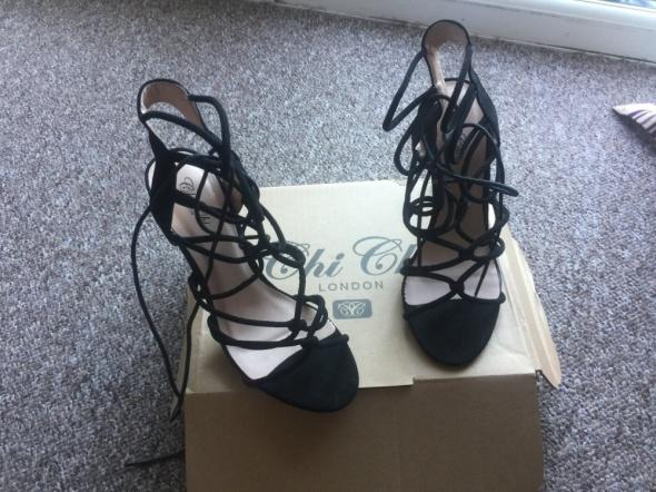 sandalki na obcasie chi chi london
