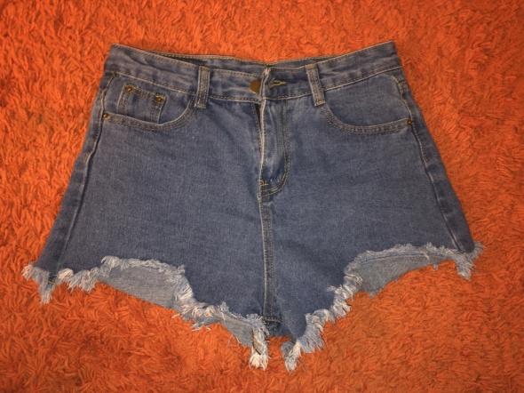 Krótkie jeansowe szorty spodenki wysoki stan vintage