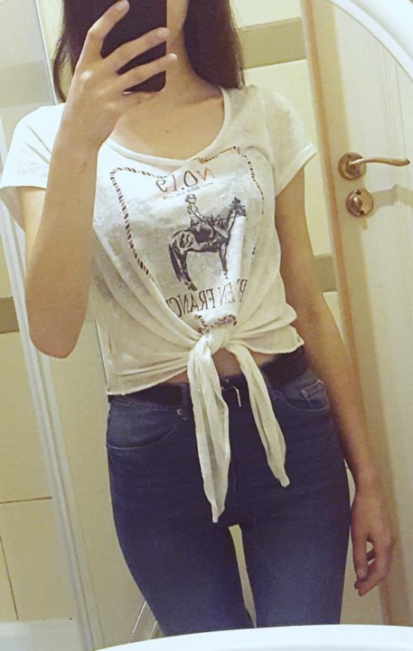 Biała bluzka wiązana z przodu S...