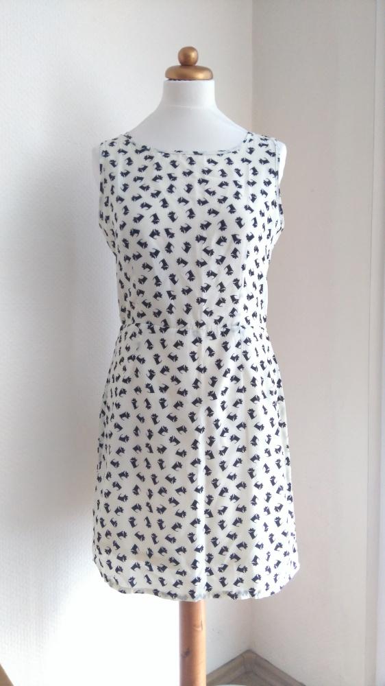 NOWA New Look Sukienka w pieski westy sznaucerki M...