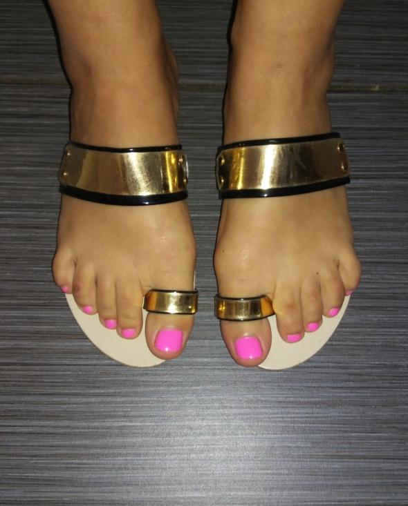 Klapki sandały złota blaszka 38