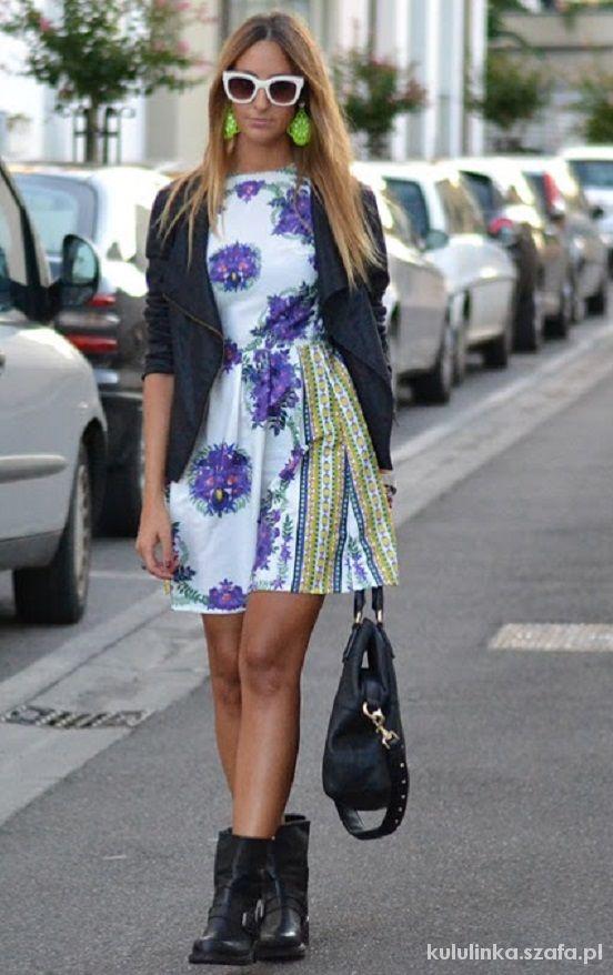 Kloszowana Sukienka FOLK kwiaty