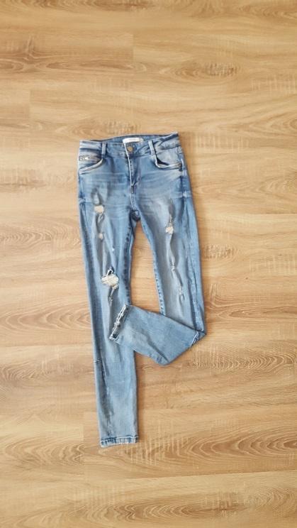 Zara jeansowe rurki dziury przetarcia skinny XS S