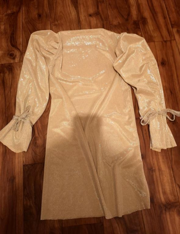 Sukienka złota z połyskiem...
