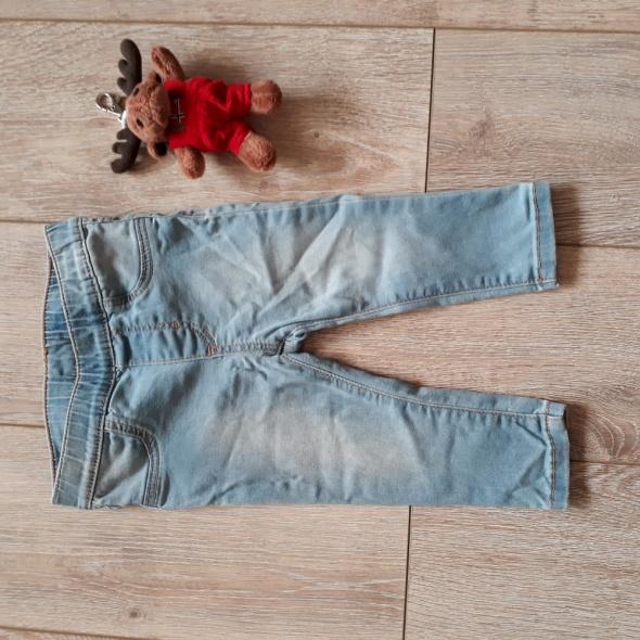 Spodnie jeansy dla dziewczynki roz 74