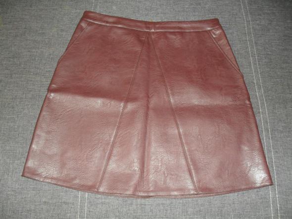 Spódnica bordowa imitacja skóry Sinsay M...