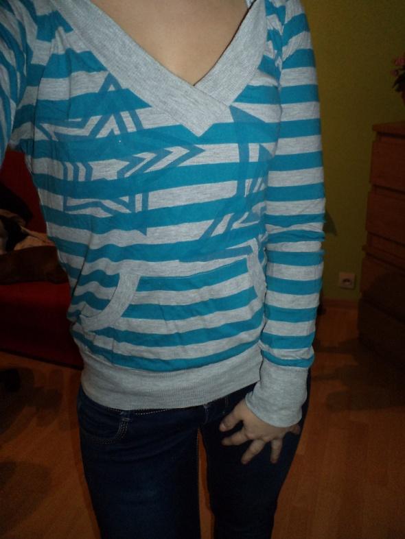 Bluza Tally Wejli niebiesko szara z kapturem...