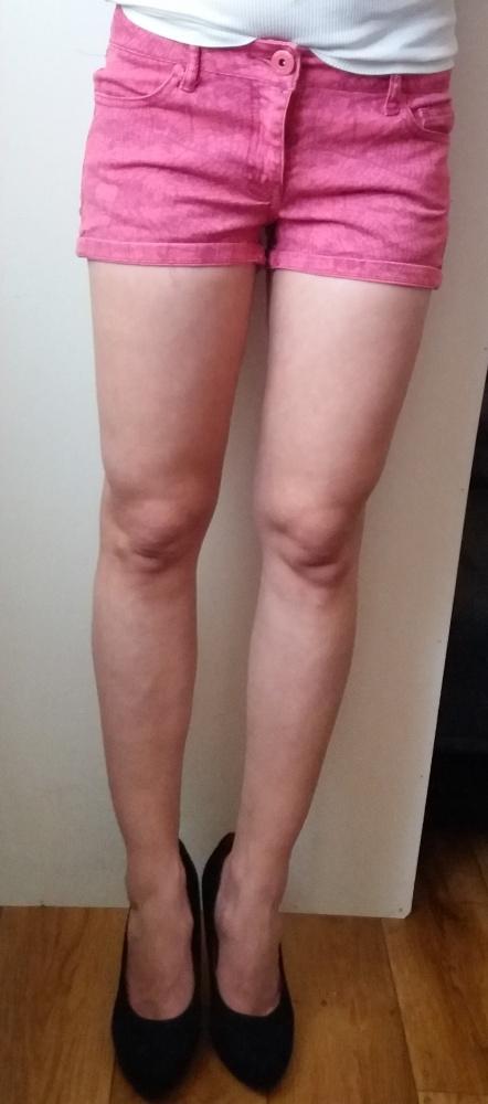 jeansowe spodenki różowe szorty FB Sister rozm XS...